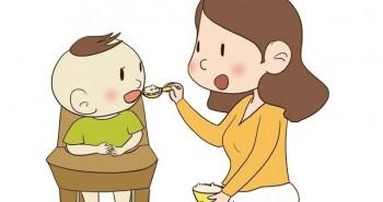 Bé lên mấy tuổi thì có thể ăn cơm như người lớn? Ít nhất trẻ phải vượt qua mốc thời điểm này