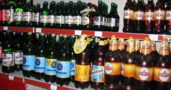 Tại sao bia ít được đóng trong chai nhựa?