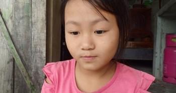 Nhói lòng số phận bất hạnh của bé gái 8 tuổi có mẹ bị lừa bán sang Trung Quốc